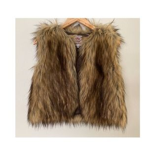 Appaman faux fur vest girls size 7